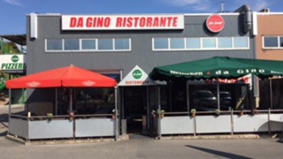 Bussigny-pres-Lausanne, Ελβετία: la facciata del ristorante