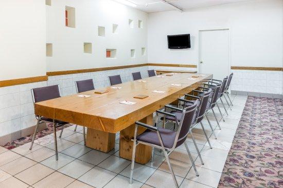 Howard Johnson Hotel Toronto Yorkville: Meeting Room