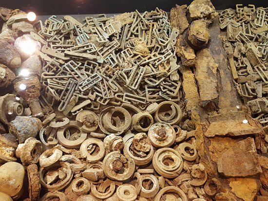 In Flanders Fields Museum: Belt clips etc from the fields around