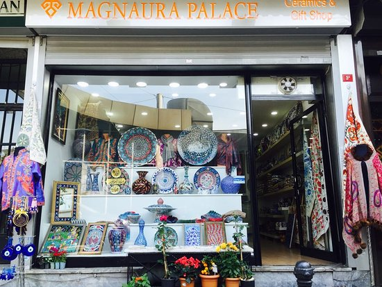 ‪Magnaura Palace Ceramics & Gift Shop‬