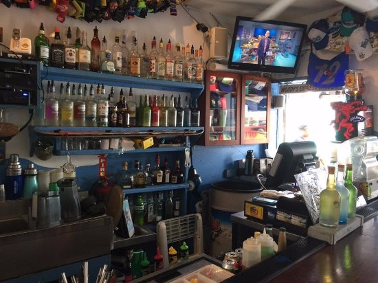 Woody's Seafood Saloon: Woody's