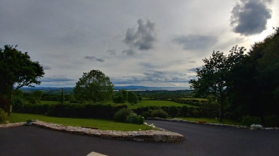 Drumcliff, Irland: view from front porch