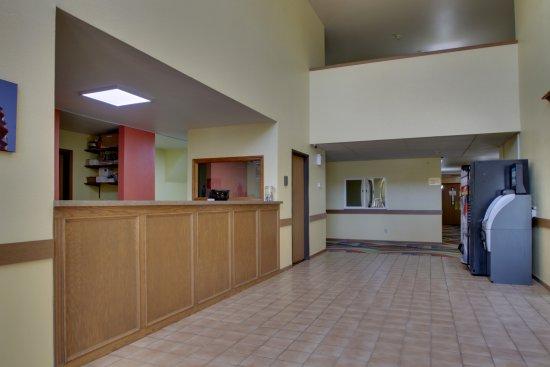 Heritage Grand Inn: Lobby