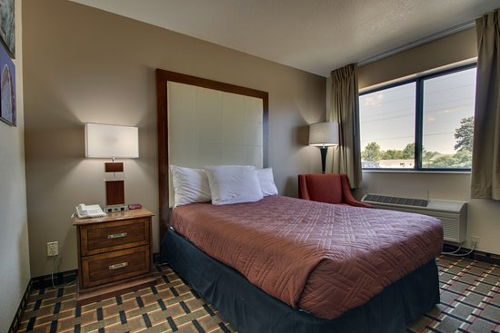 Canton, إلينوي: Single room with 1 full size bed