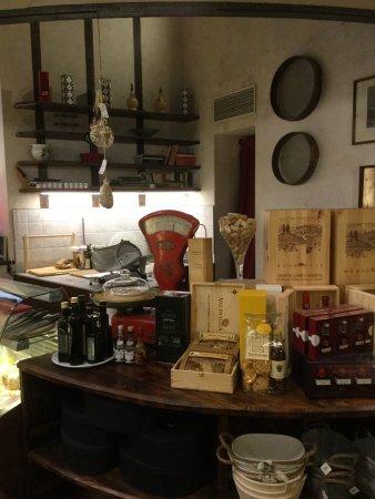 Antica Bottega Di Prospero : tradition