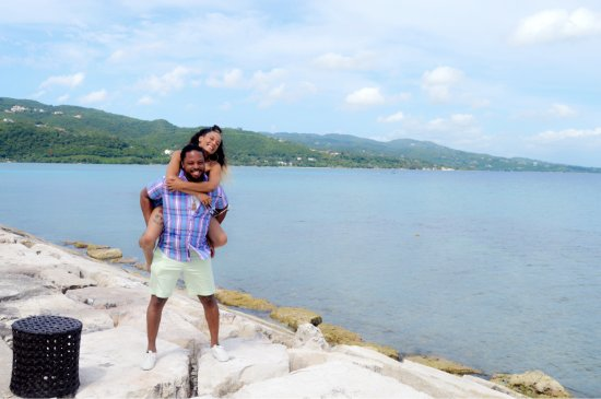 PPP Tran Tours Jamaica: My boyfriend and I taking pictures at Secrets Resort.