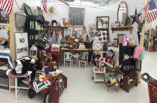 Hidden Treasures Mall and Antiques