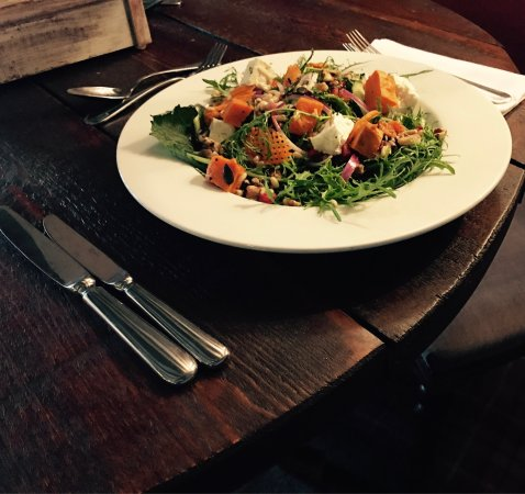 Earls Colne, UK: Summer Salad Special