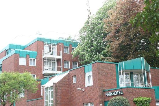 Upstalsboom Parkhotel : Blick zum Zimmer mit Balkon