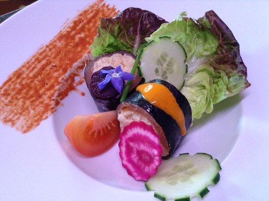 Quintin, Francia: Makis saumon fumé et crabe