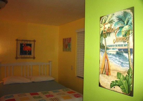 Hideaway Sandy Beach Motel: 4