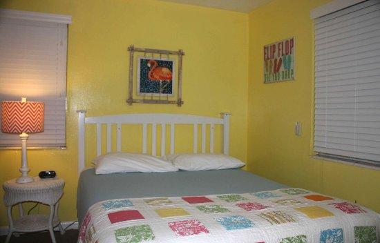Hideaway Sandy Beach Motel: 5