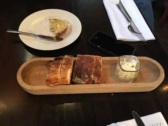 Brownstone Restaurant: photo1.jpg