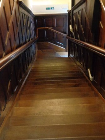 Bridgnorth Town Hall: Panelled Staircase