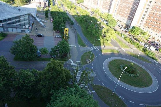 Gästehaus Rostock: Kreisverkehr direkt vor der Tür