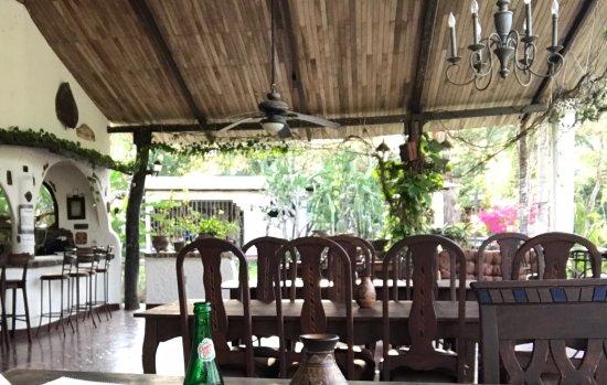 Hotel Paraiso del Cocodrilo : In the dining area