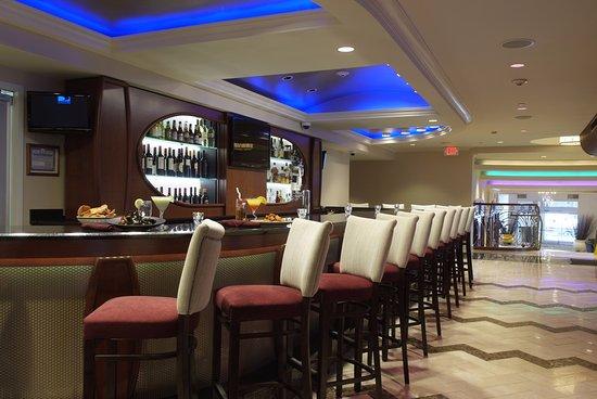 Westbury, État de New York : Marco Polo's Bar & Lounge Area
