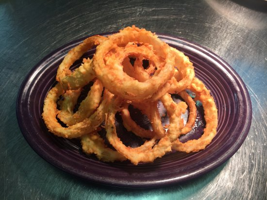 Macon, MO: Onion Ring Appetizer