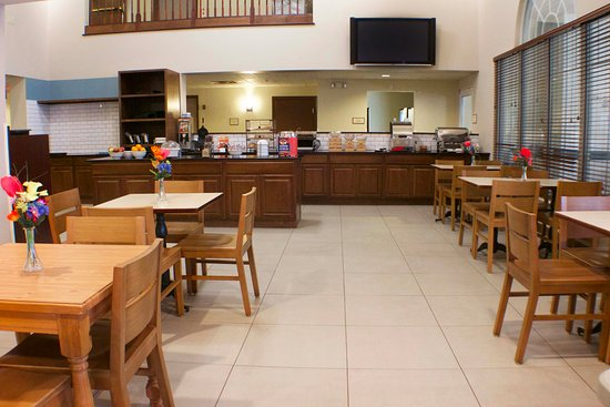 Country Inn & Suites by Radisson, Appleton, WI: Breakfast Area