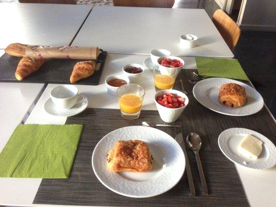 Breakfast at Les 4 Etoiles