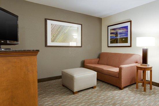 Drury Inn & Suites Greenville Photo
