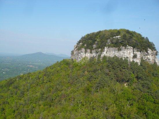 Pinnacle, Karolina Północna: Pilot Mountain