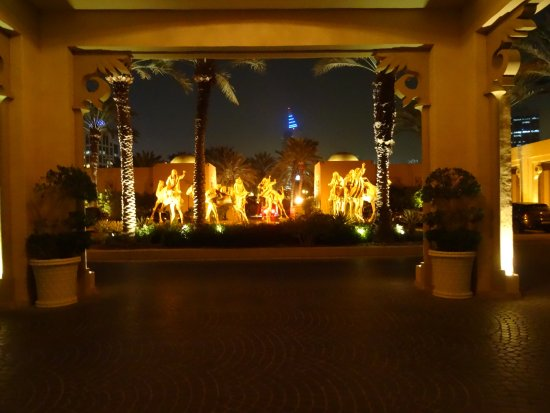 The Palace at One&Only Royal Mirage Dubai: Camels outside the front door
