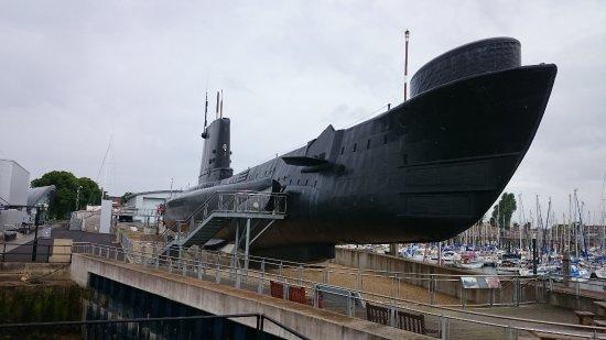 Royal Navy Submarine Museum: HMS Alliance