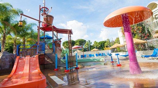 Foto Howard Johnson Anaheim Hotel and Water Playground