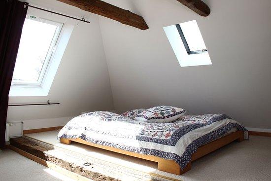 Kneese Dorf, Alemania: Dachwohnung Schlafen