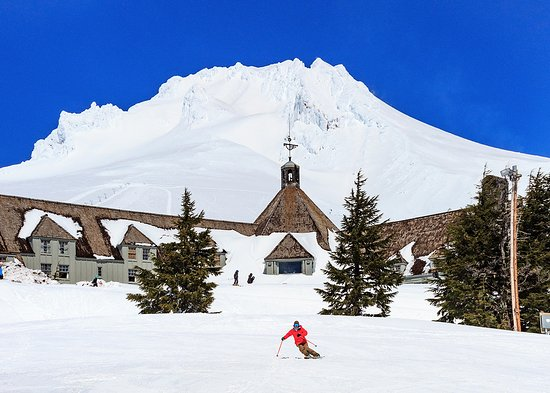 Welcome To Timberline Lodge Home Seven Mt Hood Restaurants Including The Ram S Head