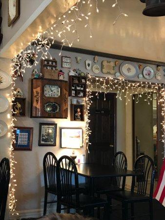 Phil's Restaurant: photo2.jpg