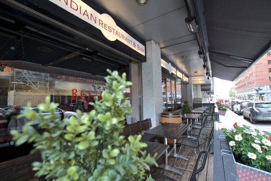 Benares Indisk Restaurant: Nice and cozy outside