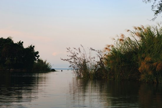 No Rush Tours: During a boat tour in Lake Nicaragua