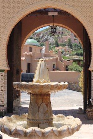 Turre, Espagne : Doorway to courtyard