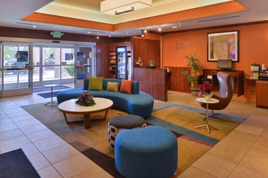 Elk Grove, Californien: Lobby