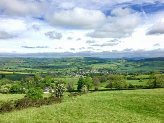 Wonderful Clun, nestled in the Shropshire Hills with fields of buttercups, forests, streams, qua