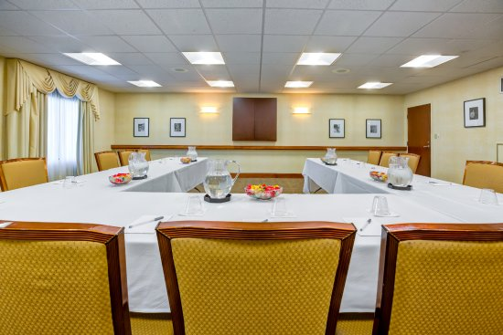 Norwood, MA: Camelot Meeting Room
