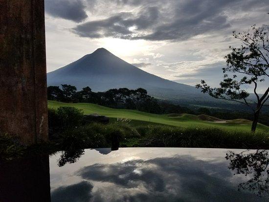 La Reunion Golf Resort & Residences: Volcano View