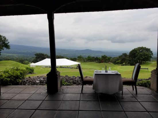La Reunion Golf Resort & Residences: Breakfast