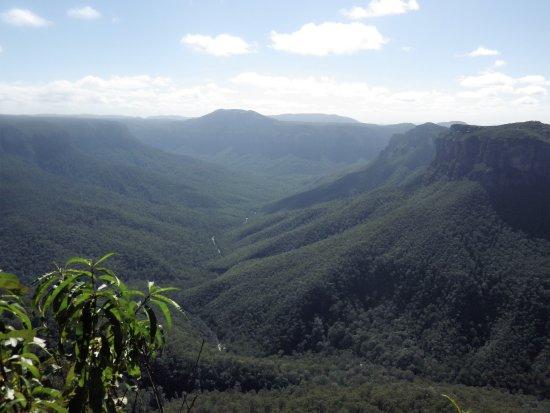 Blackheath, Australia: View along Grose Valley..