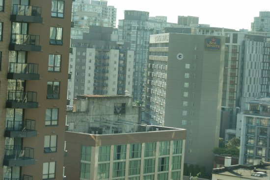 Landis Hotel & Suites: another pic from room