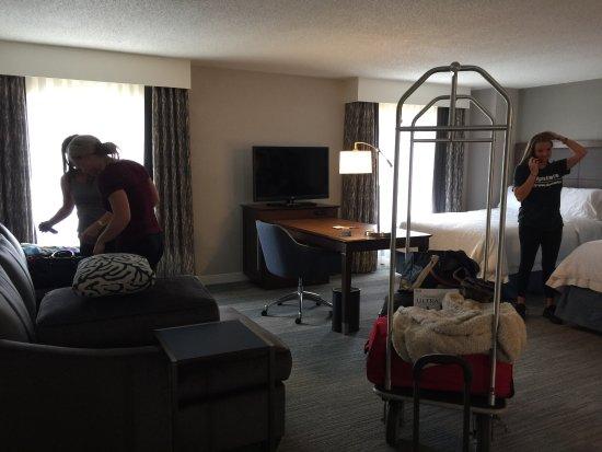 Hampton Inn & Suites Nashville - Downtown: photo5.jpg