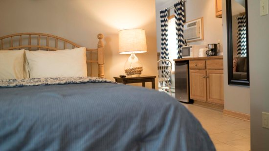 Graystone Cottages: Nautical