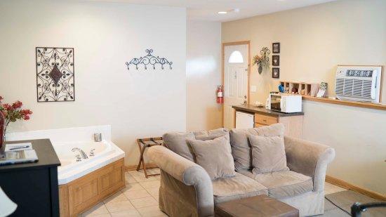 Graystone Cottages: Cozy Spaces Suite