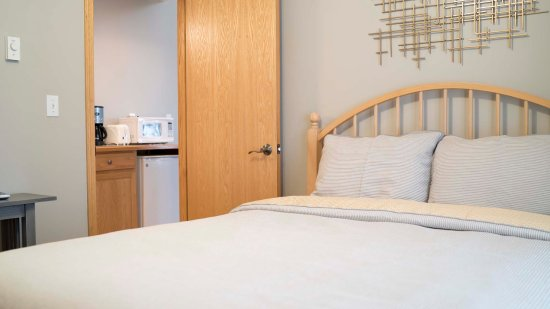 Graystone Cottages: Lofty Cottage Main bedroom