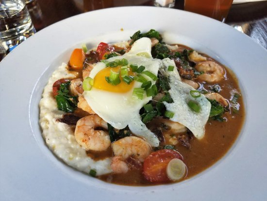 Luka's Taproom & Lounge: shrimp and grits