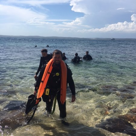 Swansea, Avustralya: Safely ashore after RAID Deep diver training