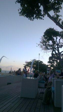 Cemara beach  Bar & Restaurant: IMAG0068_large.jpg