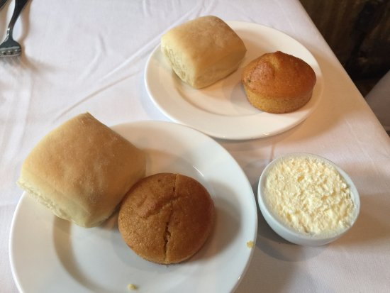 Nola Restaurant: Dinner Roll Assortment